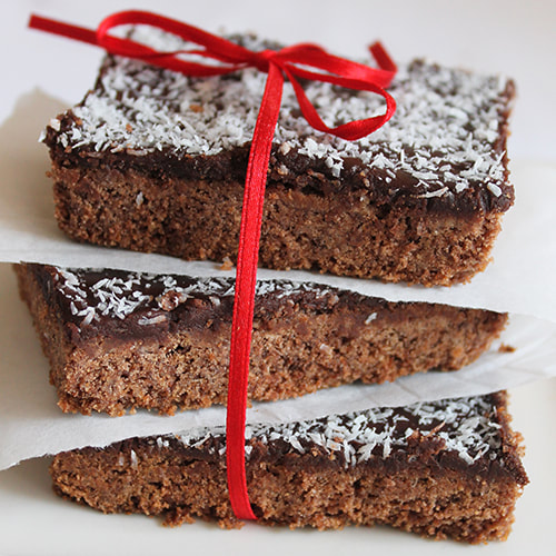 Old fashioned Chocolate Slice - Perfect for lunchboxes
